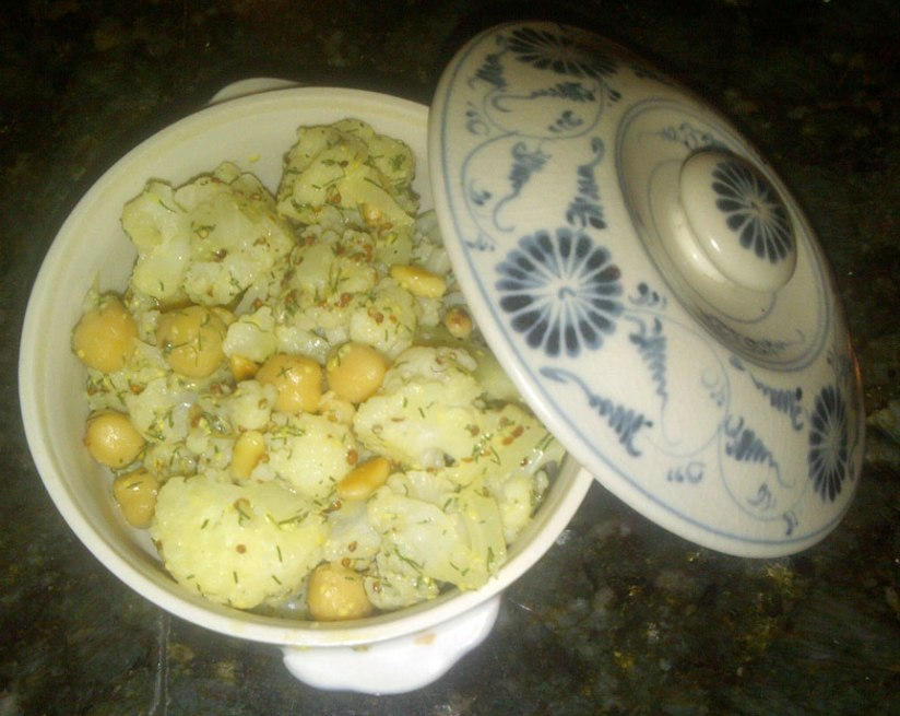 Cauliflower-Chickpeas-Dill-1