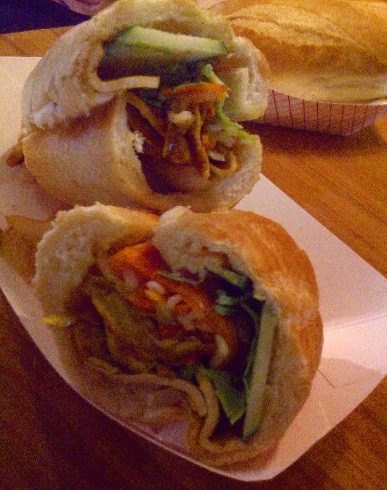 Lemongrass-Tofu-Sandwich