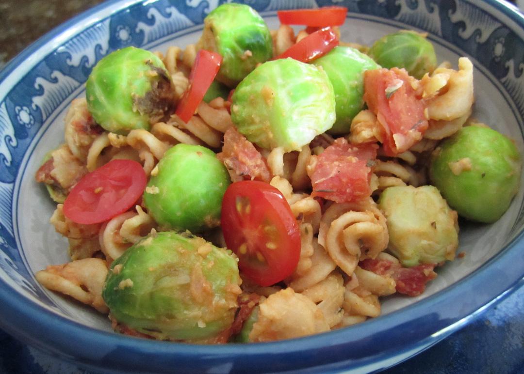Pasta-BrusselsSprouts-ChickpeaSauce-2 | Kelli's Vegan Kitchen
