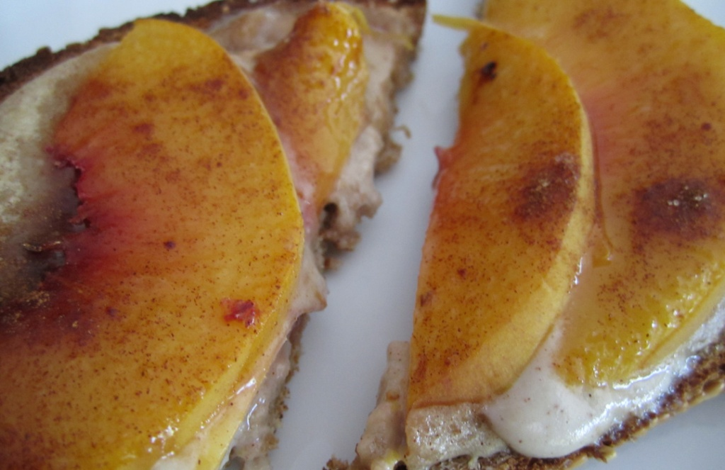 Peaches-Cream-Cinnamon-Toast2