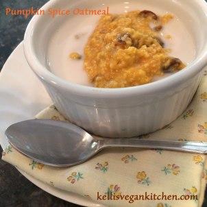 Pumpkin-Spice-Oatmeal